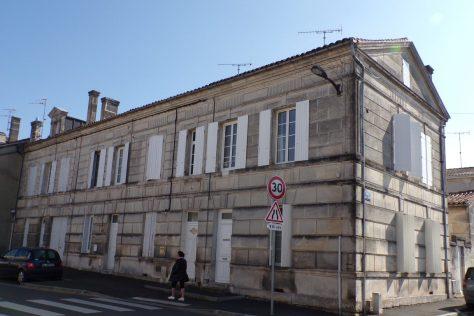 Ensemble de quatre maisons construites en série, 27 à 33, rue de Bellefonds (15 mars 2017)