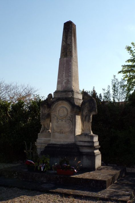 Le monument aux morts (10 avril 2017)