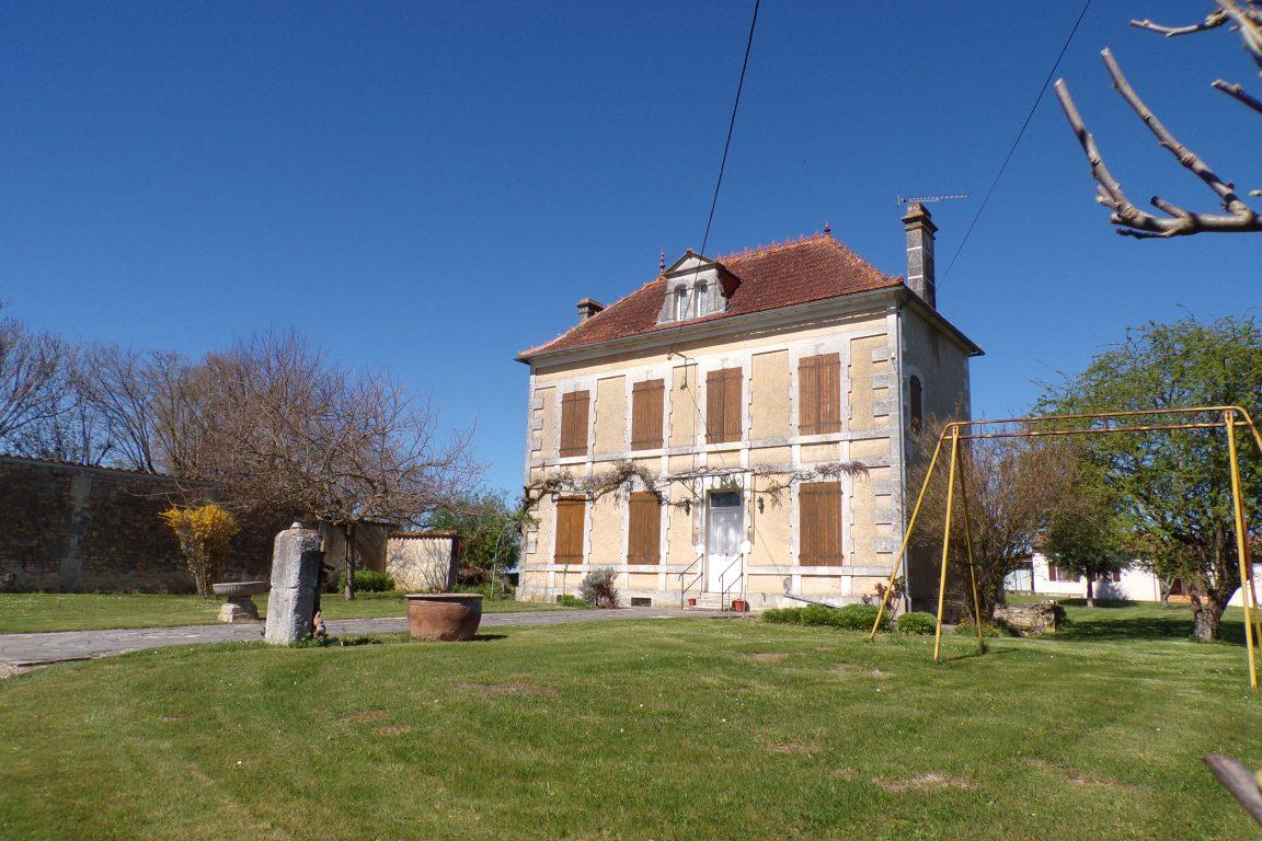 Angeac-Charente - Le manoir des Bergeries (26 mars 2017)