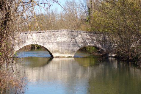 Angeac-Charente - Un pont coudé (26 mars 2017)