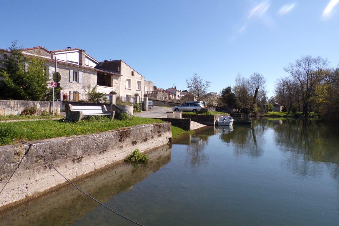 Saint-Simon - Le quai (26 mars 2017)