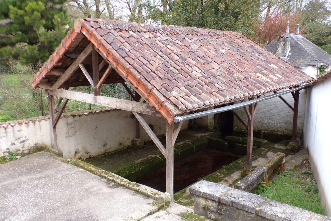 Javrezac - Le lavoir du Bourg (24 mars 2017)