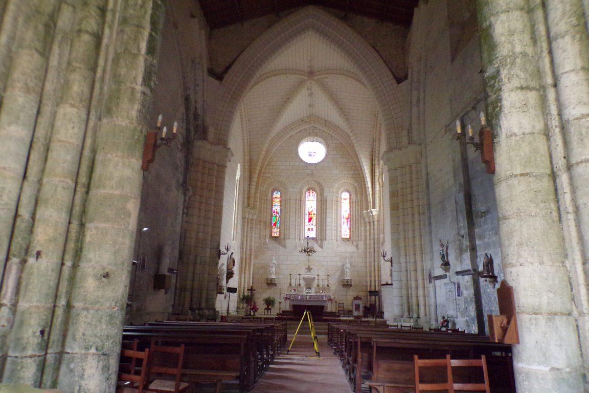 Bouteville - L'église Saint-Paul - Vue de l'entrée (21 mars 2017)