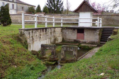 Bouteville - Le lavoir du Bourg (21 mars 2017)