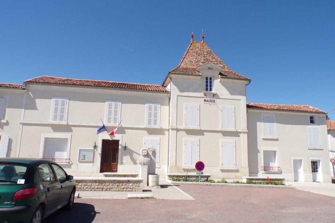 Juillac-le-Coq - La mairie (7 avril 2017)