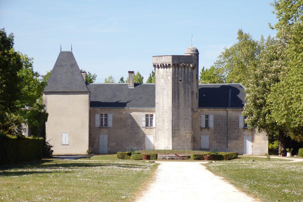 Graves-Saint-Amant - Le château de Bois-Charente (24 avril 2017)