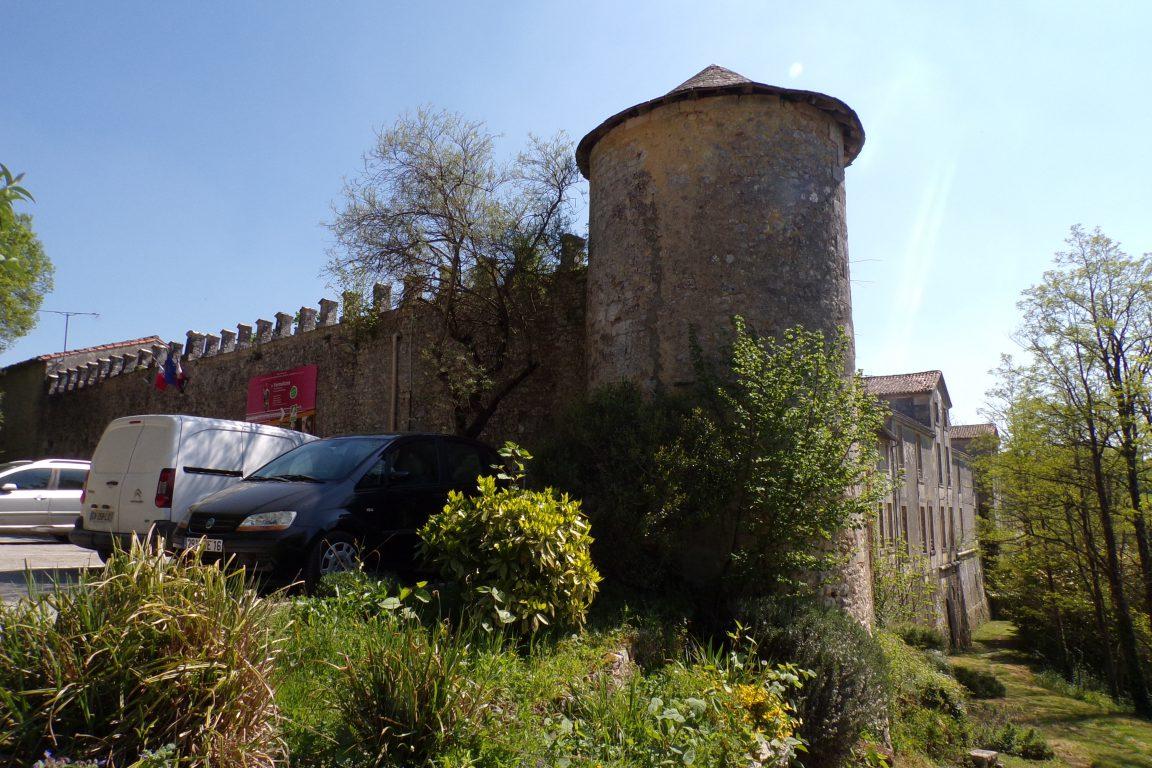 Cherves-Richemont - Le château de Richemont (13 avril 2017)