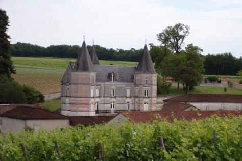 Lignières-Sonneville - Le château de Font-Pinot (31 mai 2017)