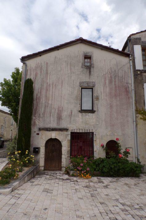 Lignières-Sonneville - Une maison datée de 1749 (22 mai 2017)