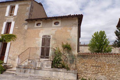 Lignières-Sonneville - Une maison datée de 1753 (22 mai 2017)