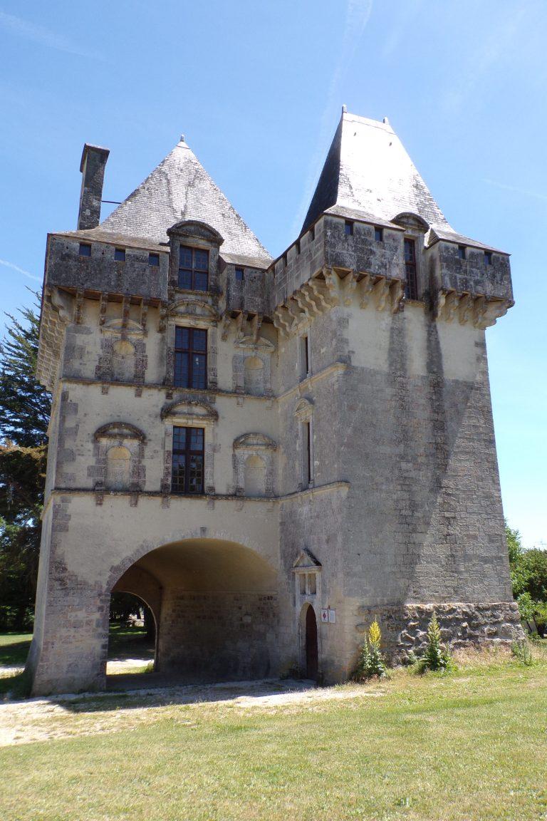 Matha - Le château (16 juin 2017)