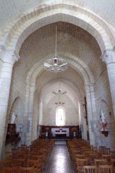 Foussignac - L'église Saint-Cybard-et-Saint-Laurent - Vue de l'entrée (15 juin 2017)