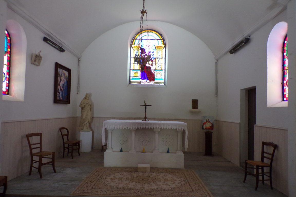 Fleurac - L'église Sainte-Élisabeth- L'autel (15 juin 2017)