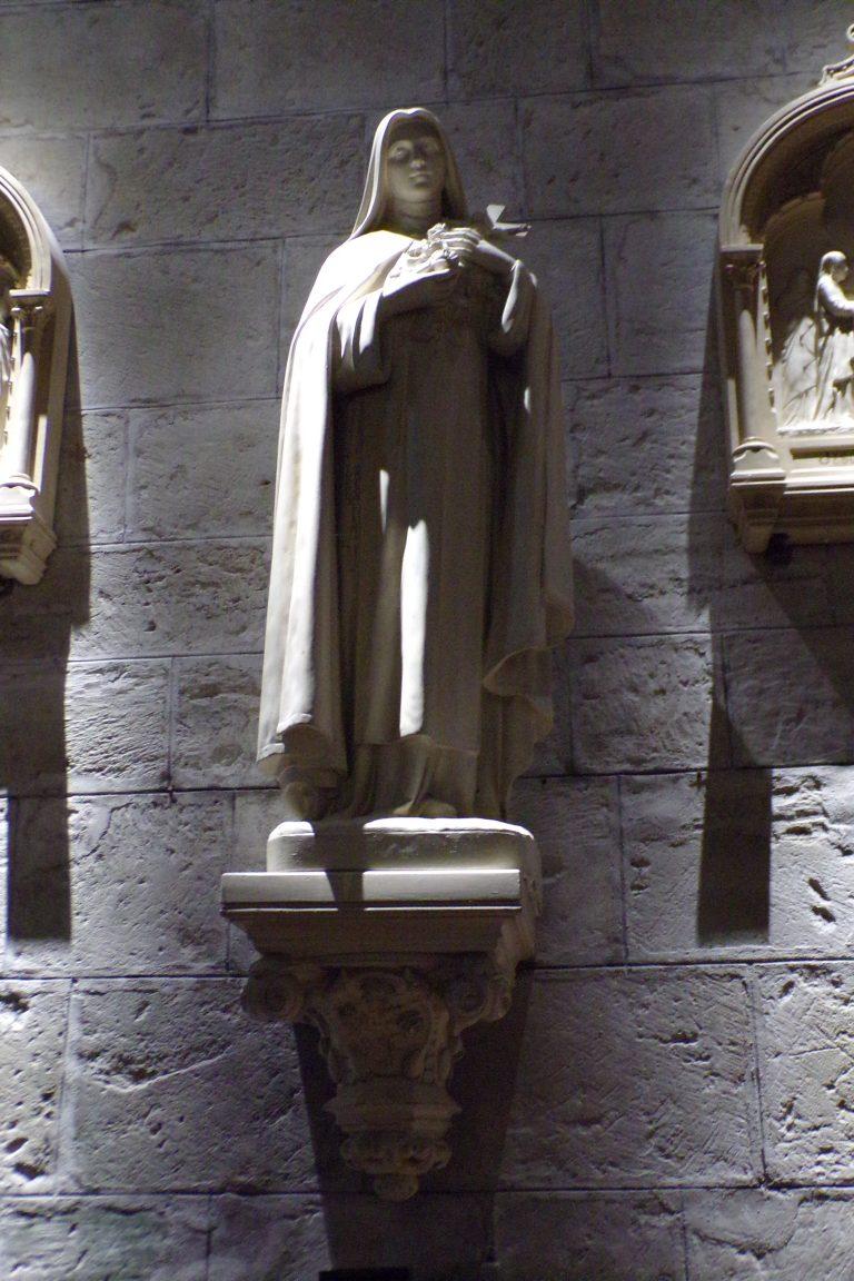 """Sigogne - L'église Saint-Martin - Sainte Thérèse de Lisieux dite """"Sainte Thérèse de l'Enfant Jésus"""" (15 juin 2017)"""