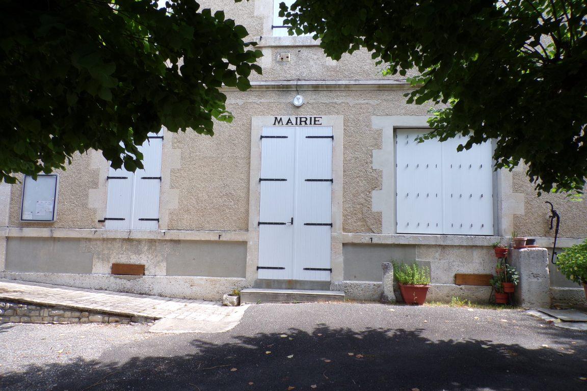 Sonneville - La mairie (15 juin 2017)