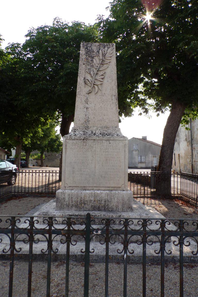 Sigogne - Le monument aux morts (15 juin 2017)