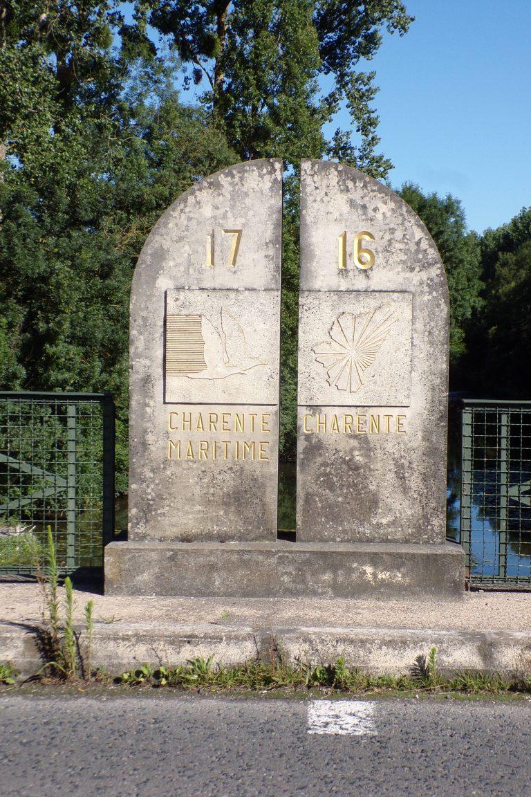 Borne limite Charente - Charente-Maritime (4 juillet 2017)