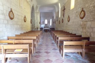 Thors - L'église Sainte-Madeleine - Vue de l'entrée (24 septembre 2017)