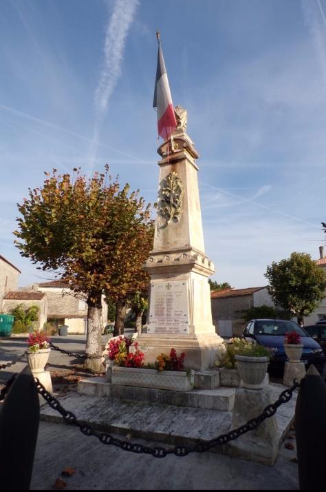 Thors - Le monument aux morts (24 septembre 2017)