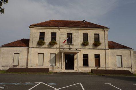 Châteaubernard - La mairie (15 octobre 2017)