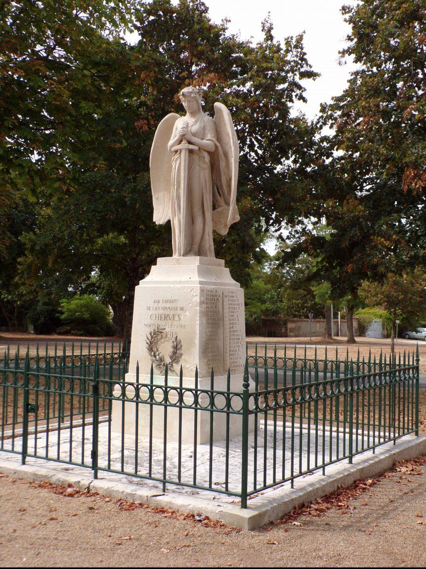 Cherves-Richemont - Le monument aux morts (4 septembre 2016)
