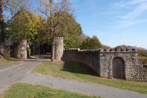 Bourg-Charente - L'entrée du château (2 novembre 2017)
