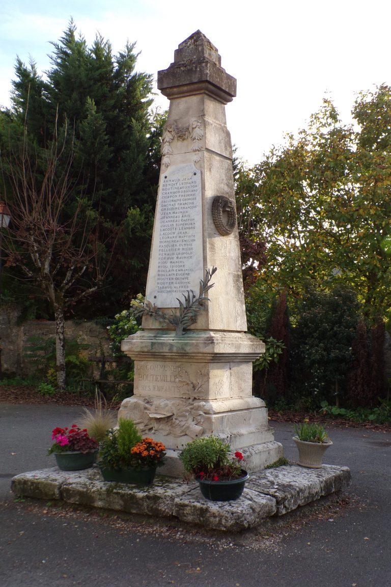 Boutteville - Le monument aux morts (1 novembre 2017)