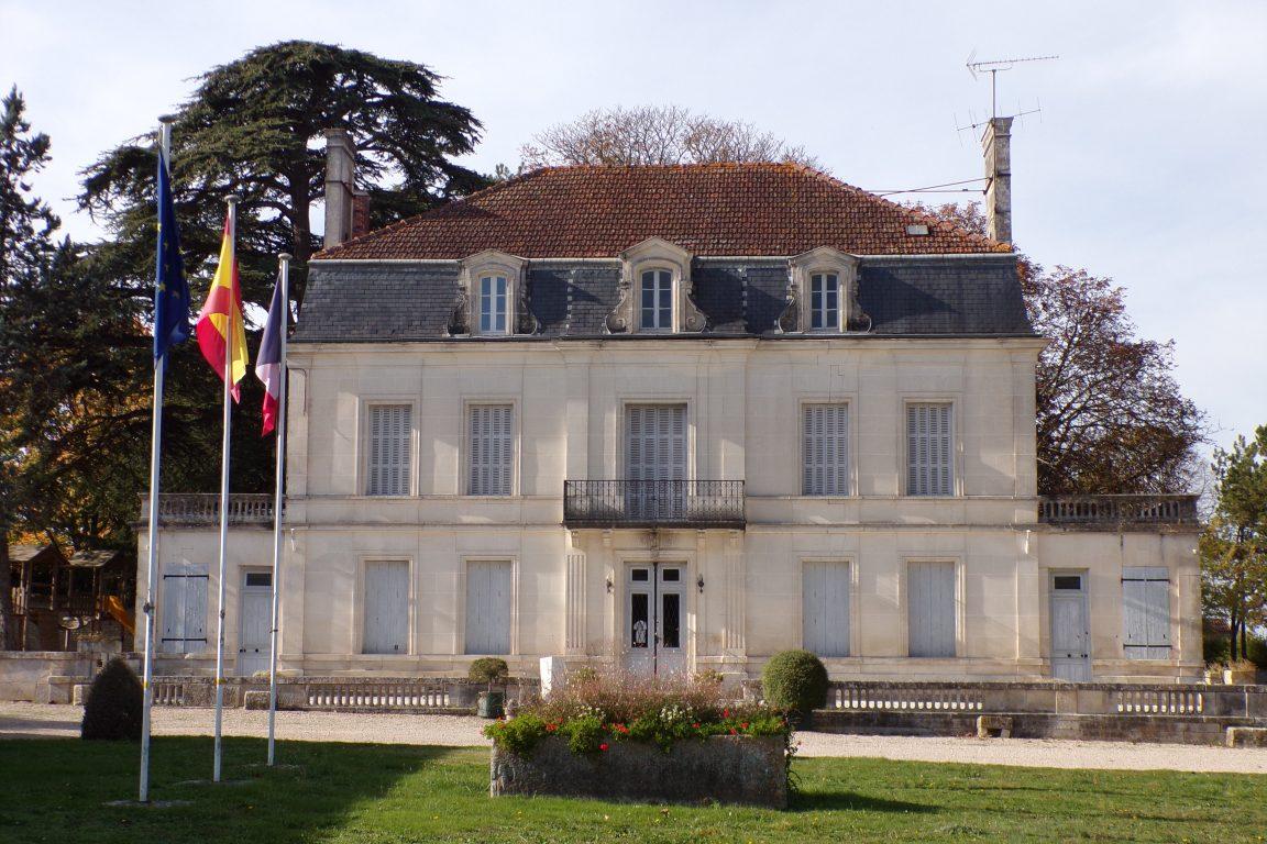 Genté - La mairie (1 novembre 2017)