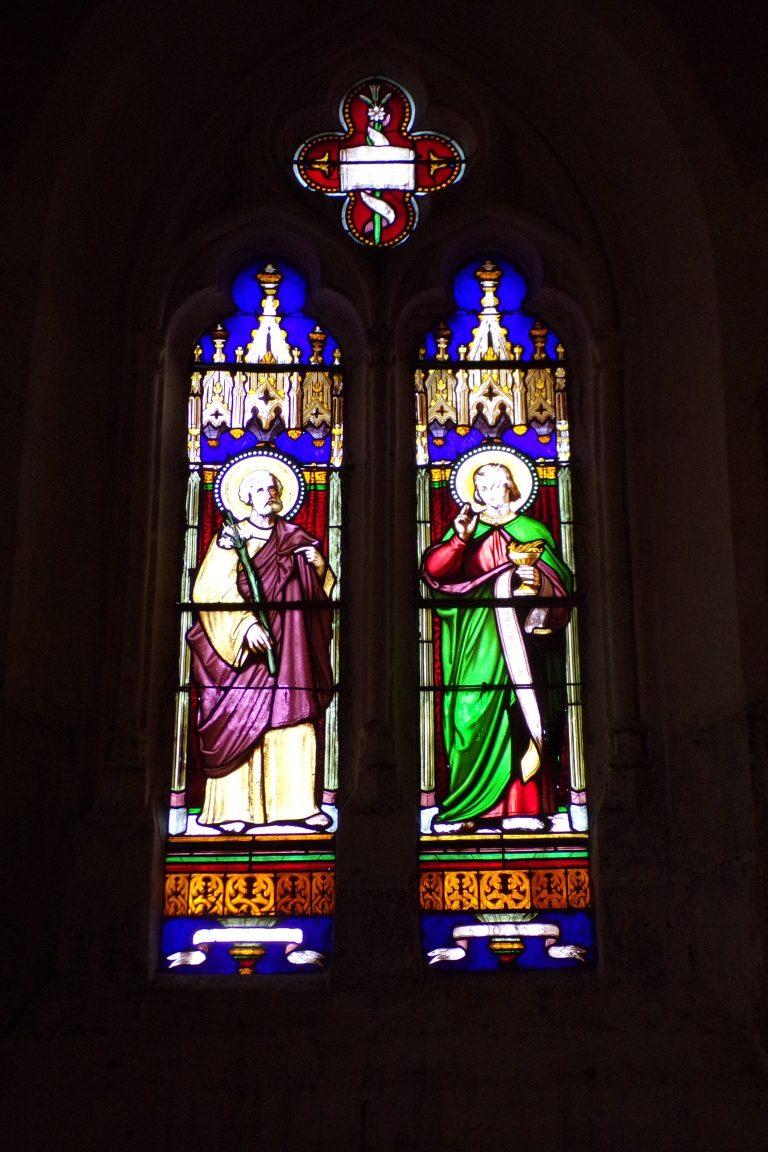 Lignières-Sonneville - L'église Notre-Dame - Un vitrail (1 novembre 2017)