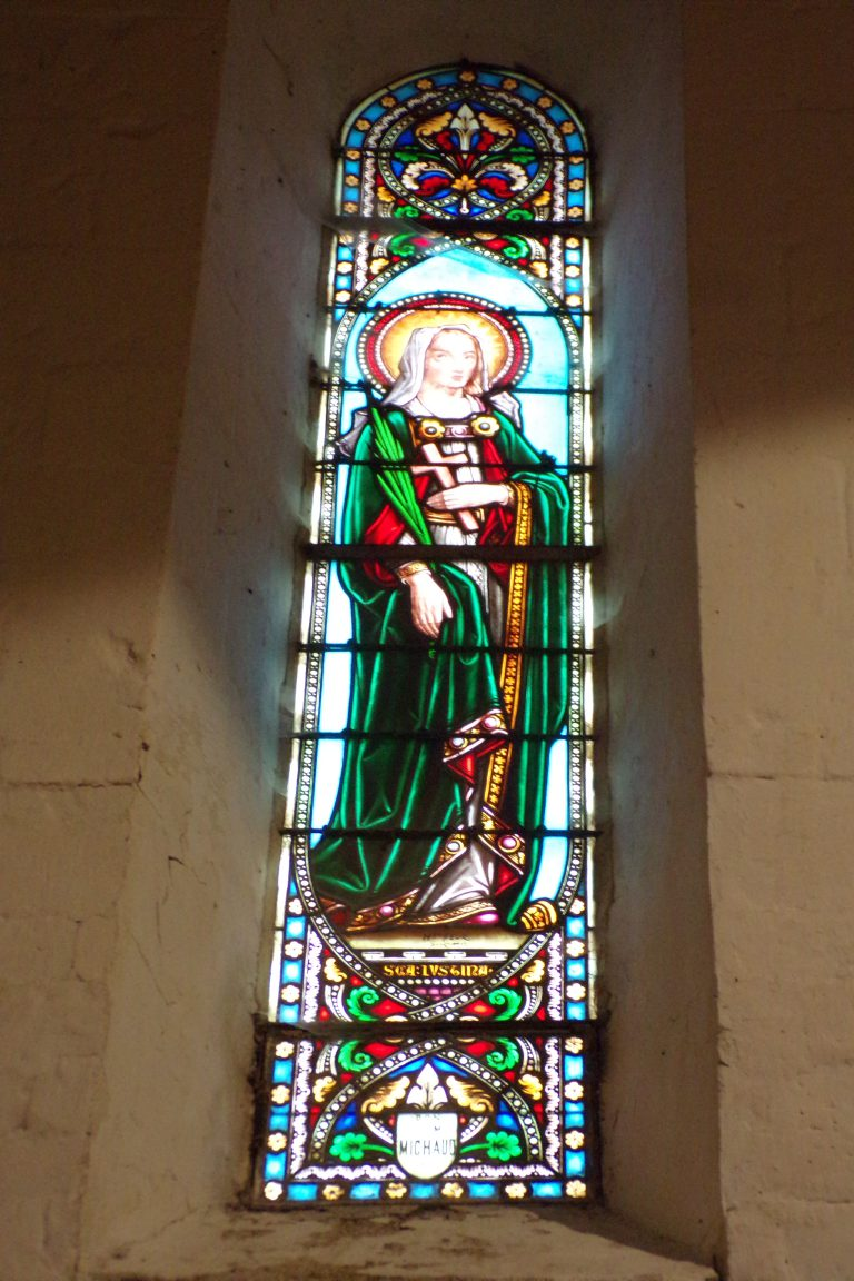 Sonnac - L'église Saint-Etienne - Le vitrail 'Sainte Lucie' (2 janvier 2018)