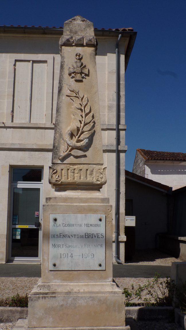 Brives sur Charente - Le monument aux morts (19 avril 2018)