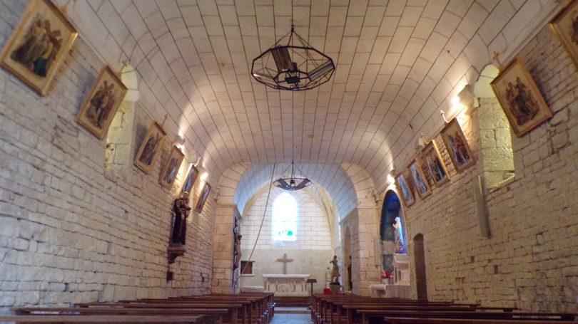 Réparsac - L'église Saint-Pierre - Vue de l'entrée (10 avril 2018)