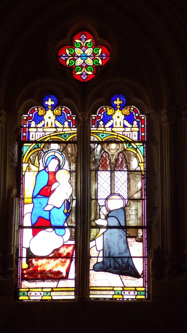 Angeac-Charente - L'église Saint-Pierre - Le vitrail (5 mai 2018)