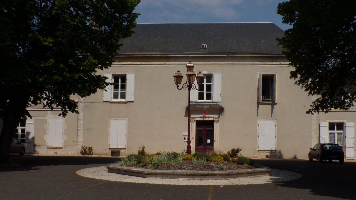 Bassac - La mairie (5 mai 2018)