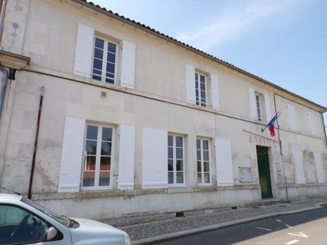 Bourg-Charente - L'ancienne mairie (16 mai 2018)