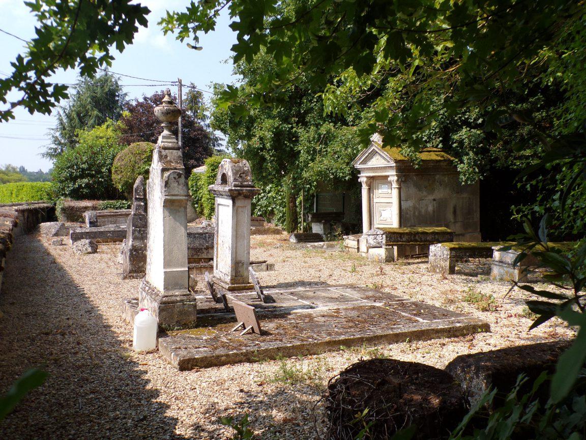 Julienne - Le cimetière protestant (23 mai 2018)
