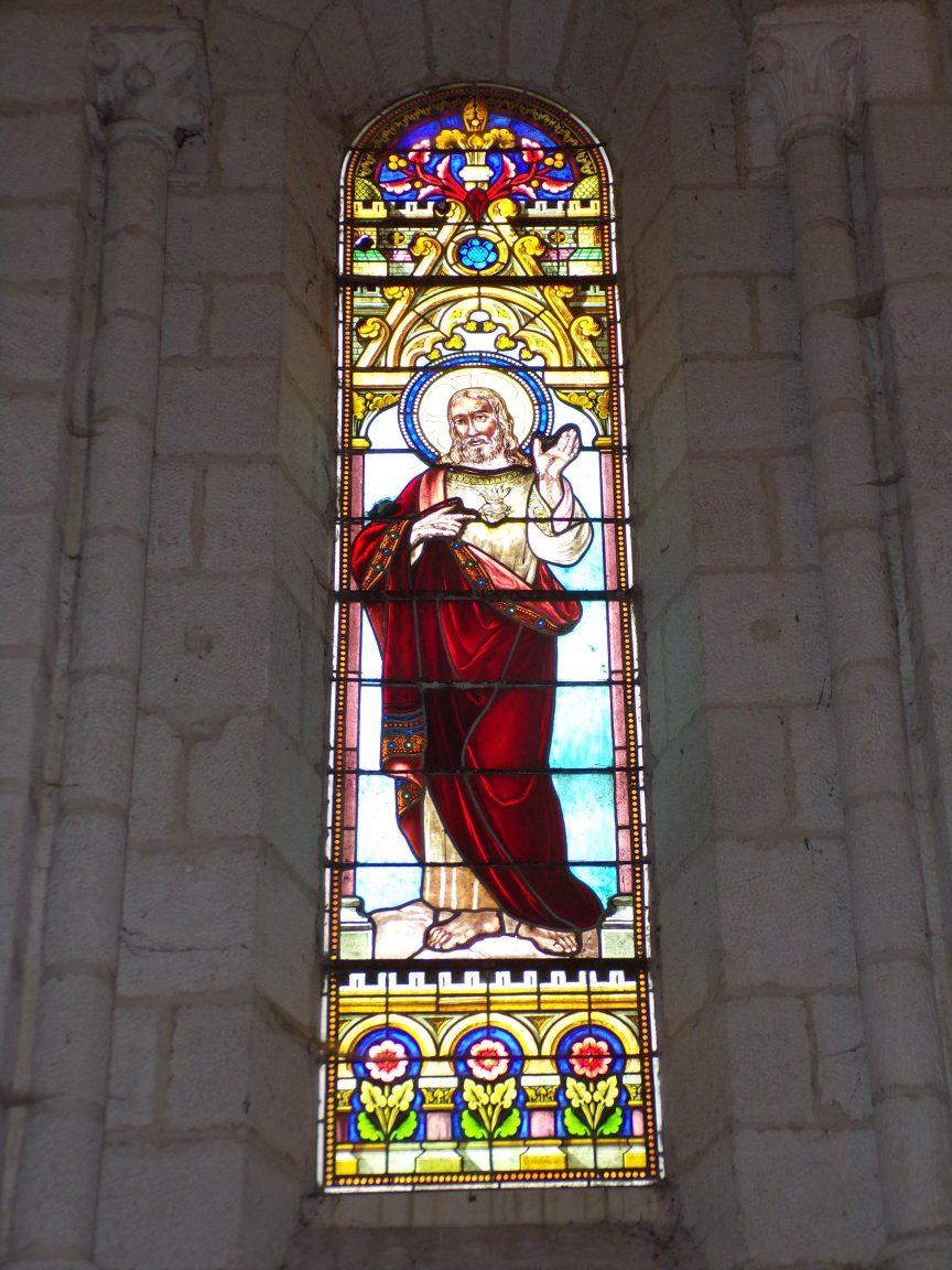 Merpins - L'église Saint-Rémy - Le vitrail 'Sacré Coeur de Jésus' (28 mai 2018)