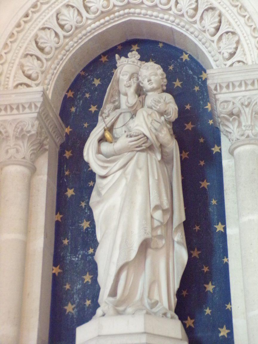 Brives sur Charente - L'église Saint-Etienne - Vierge à l'enfant (27 juin 2018)
