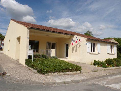 Dompierre-sur Charente - La mairie (8 juin 2018)