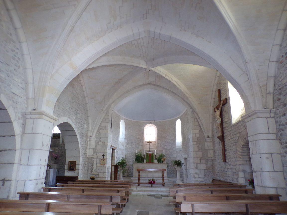 Dompierre-sur Charente - L'église Saint-Blaise - Vue de l'entrée (8 juin 2018)