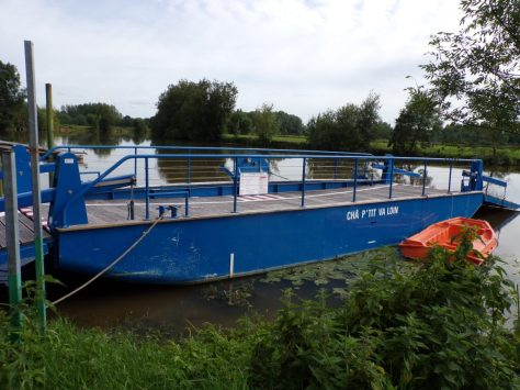Dompierre-sur Charente - Le bac Châ p'tit va loin (8 juin 2018)