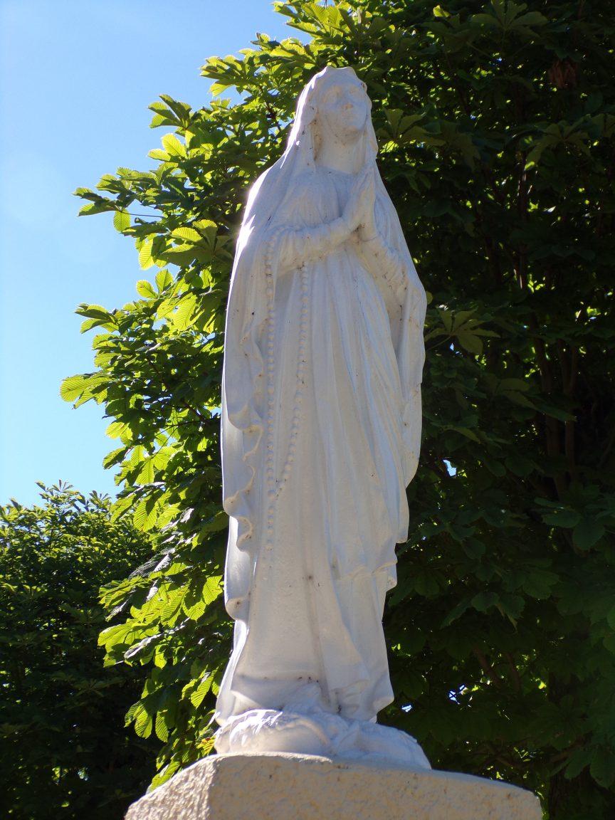 Pérignac - Vierge Marie à l'entrée de Pérignac (25 juin 2018)