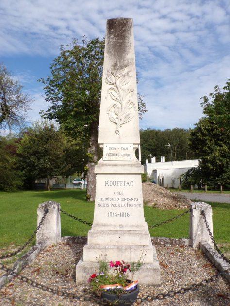 Rouffiac - Le monument aux morts (8 juin 2018)