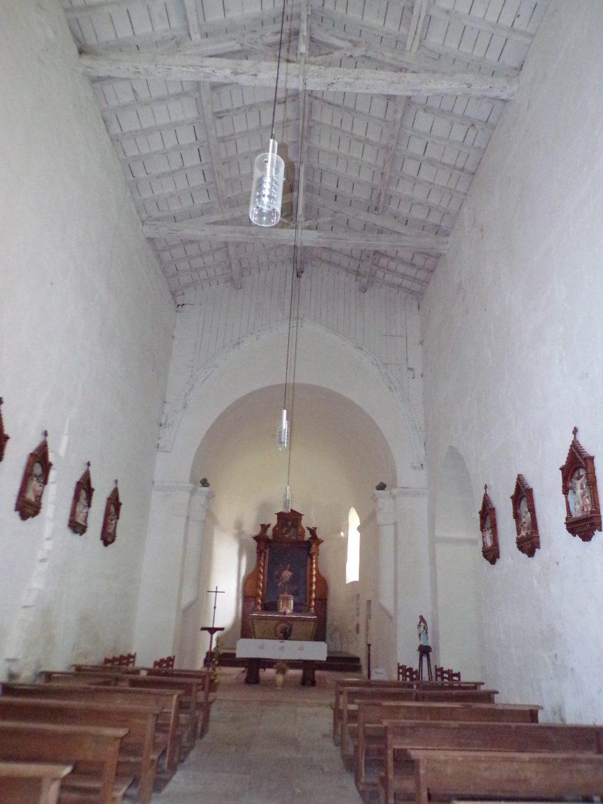 Saint-André - L'église Saint-André - Vue de l'entrée (6 juin 2018)