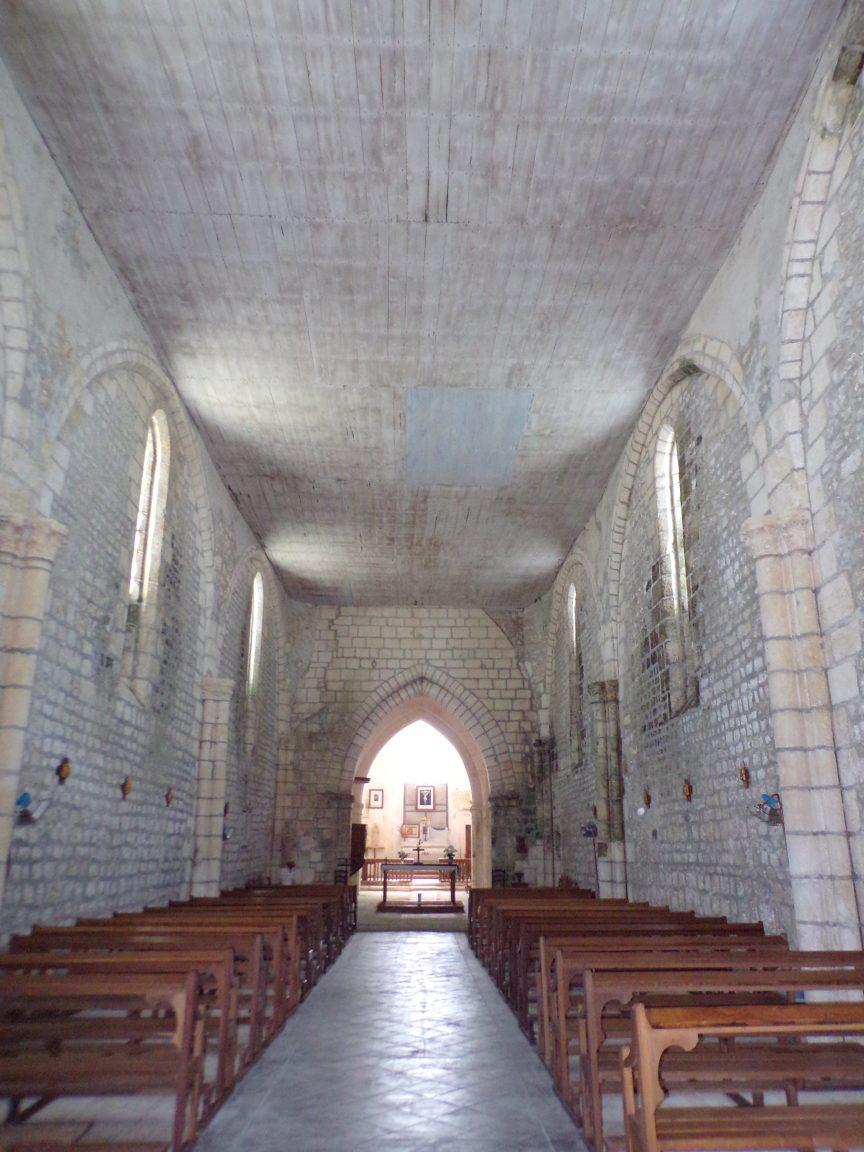 Saint-Preuil - L'église Saint-Projet - Vue de l'entrée (20 juin 2018)