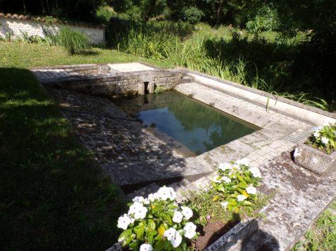 Celles - Le lavoir de l'Arceau (12 juillet 2018)