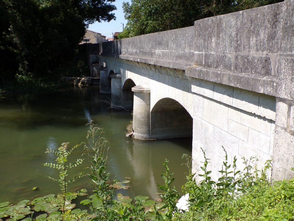 Celles - Le pont à quatre arches (8 juillet 2018)