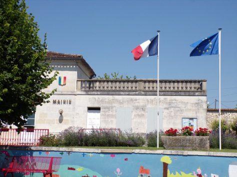 Lonzac - La mairie (8 juillet 2018)