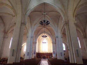 Segonzac - L'église Saint-Pierre - Vue de l'entrée (11 juillet 2018)