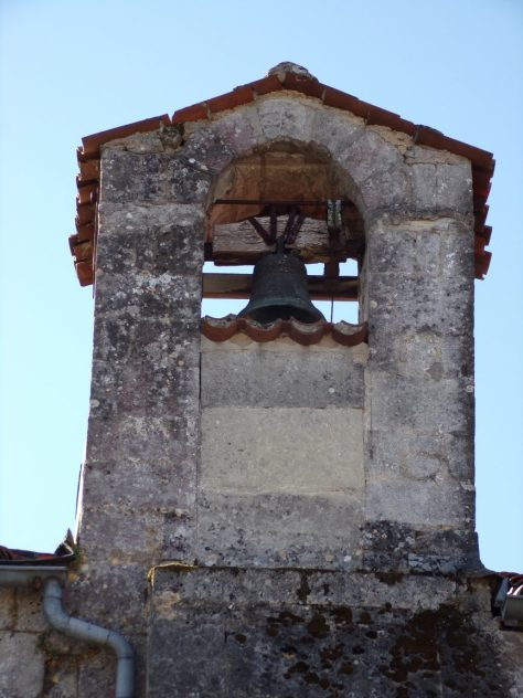 Église Sainte-Marie-Madeleine de Crouin - La cloche (18 août 2018)